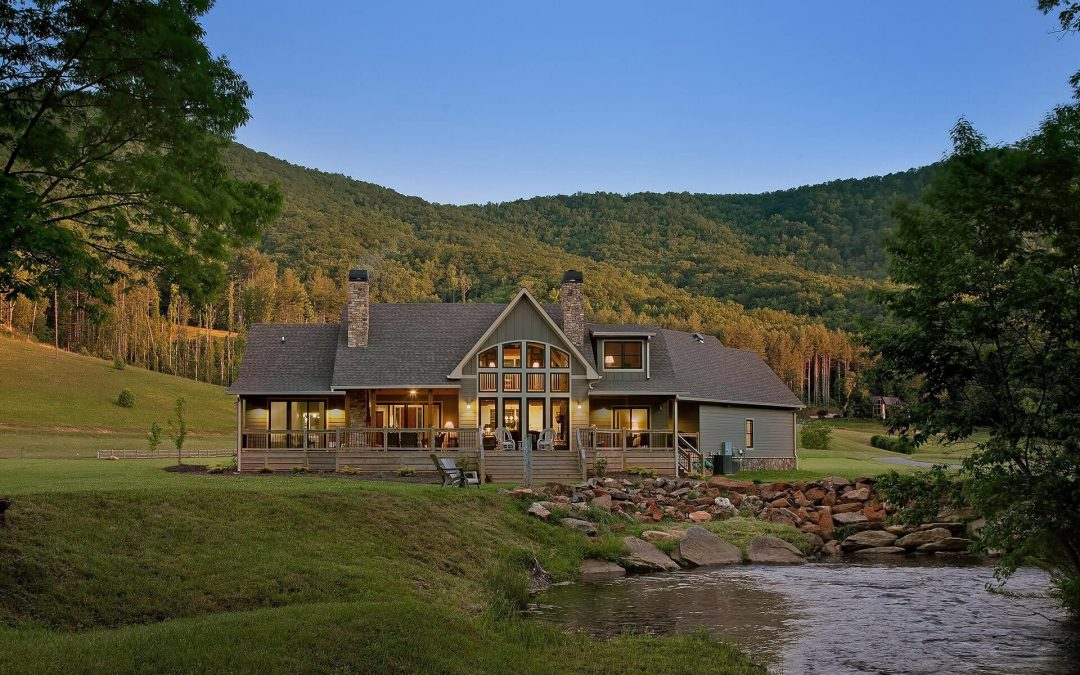 Home Builder Digest features Modern Rustic Homes as one of the best Timber Frame Home Builders in the US